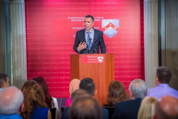 Kenny Harper speaking at Harvard Faculty Club's Business Expert Forum